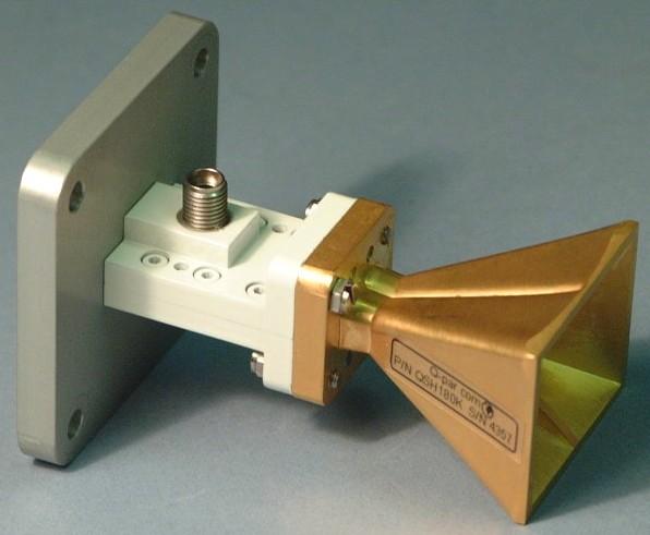 Steatite Q-Par Antennas WBH18-40 Широкополосные рупорные антены
