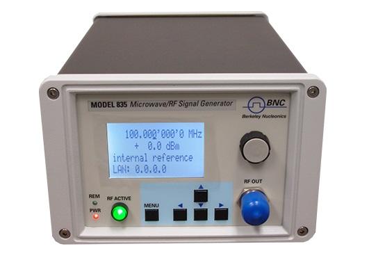 РЧ СВЧ генератор сигналов модель 835