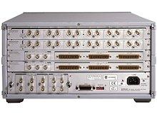 Keysight Technologies Е5250А - базовый блок матричных коммутаторов с малыми токами утечки